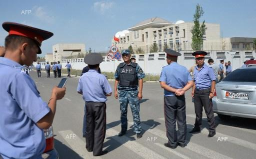 3 people injured in car-bomb explosion in front of the Chinese embassy in Kirgizstan. August 30, 2016.
