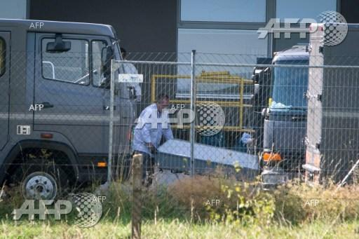 An abandoned truck with the bodies of 71 refugees inside was found in Austria.