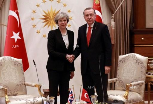 The Guardian: Erdoğan ends UK state visit by calling jailed journalists 'terrorists'