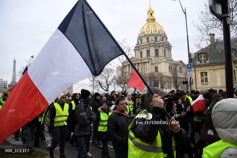 AFP: Macron's debate put to test as 'yellow vests' stage 10th protest