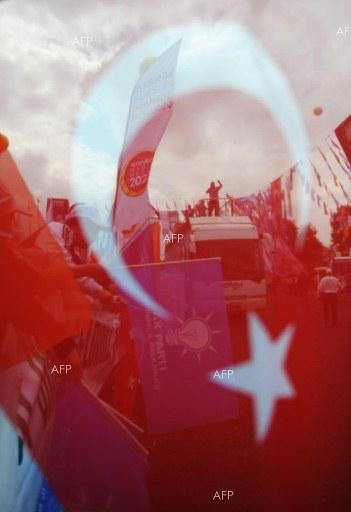 After a close referendum, a divided Turkey celebrates, mourns