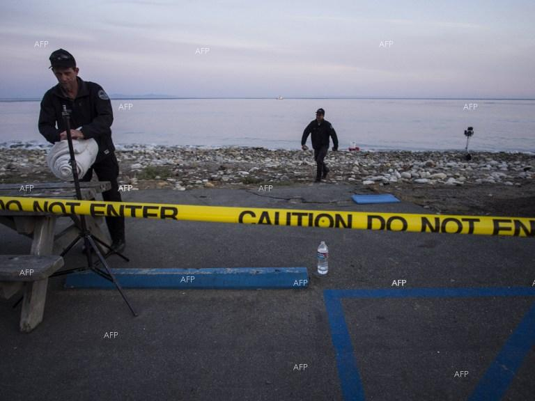 Governor declares emergency as California cleans oil spill.
