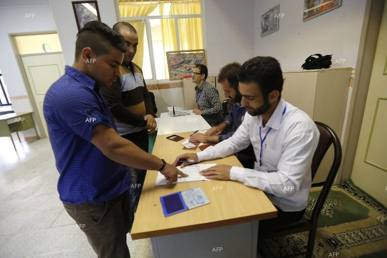 Iran starts voting in parliament election run-offs.