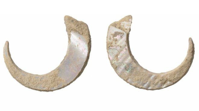 World's Oldest Fish Hooks Discovered in Okinawa, Japan