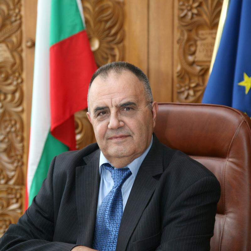 Current events in Macedonia pose a danger to Bulgaria's national security: Prof. Bozhidar Dimitrov