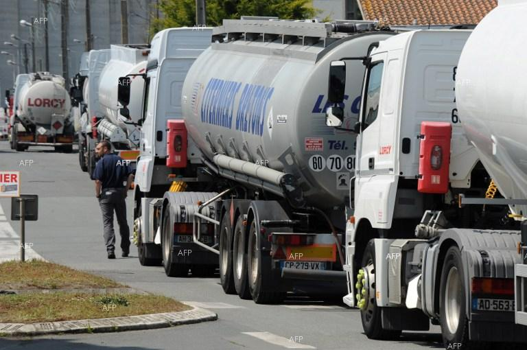 Six out of eight refineries in France blocked.