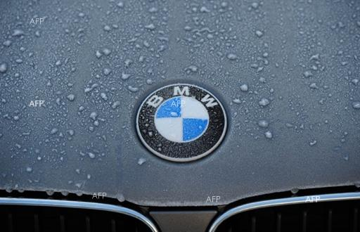 AFP: BMW, Daimler to invest 1 bn euros in joint carsharing scheme