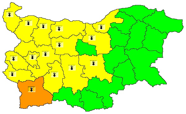 NIMH: Code Yellow warning for high temperatures in place for 15 Bulgarian regions, orange warning for Blagoevgrad region